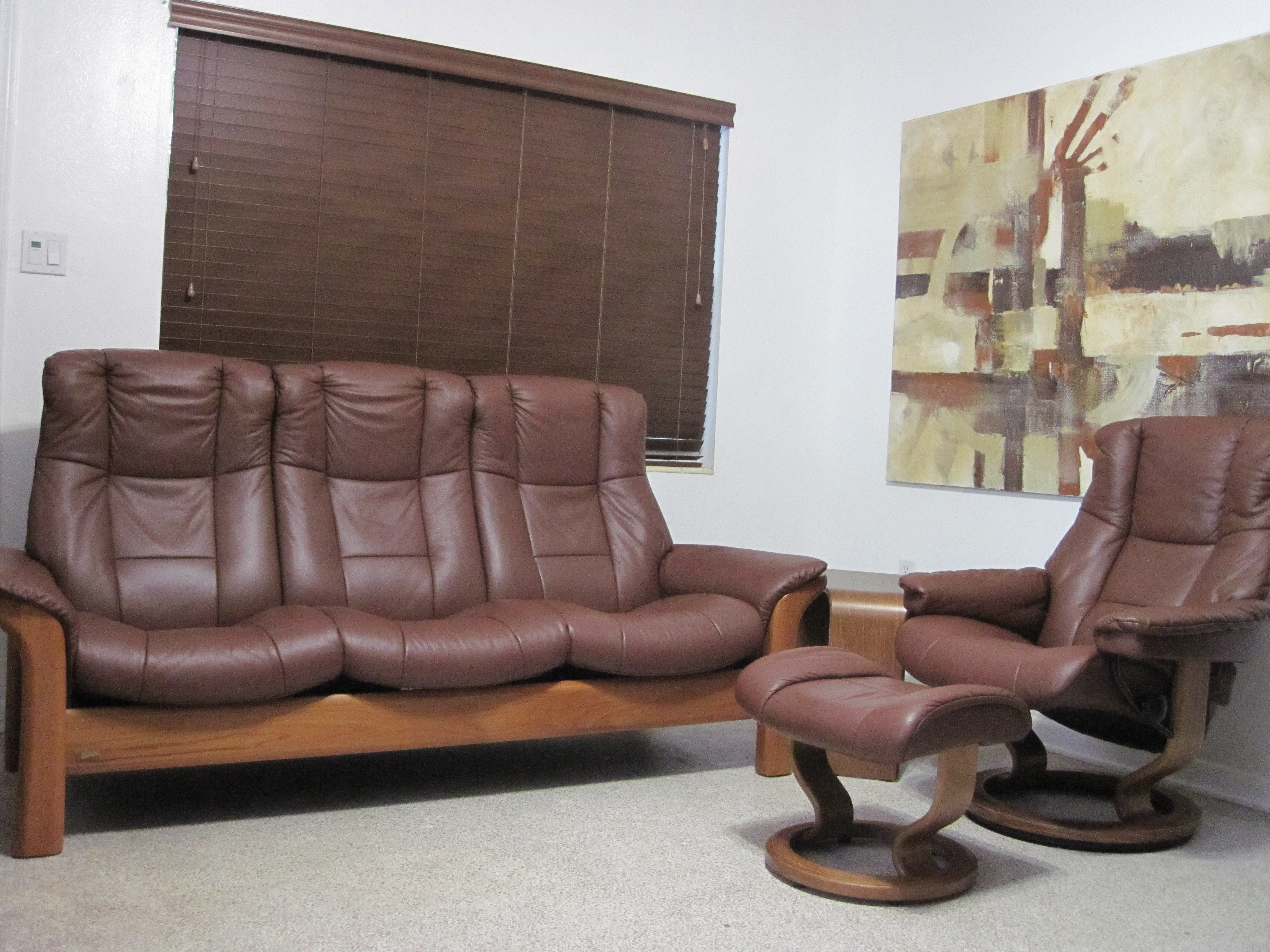 used stressless recliners mid century danish modern ekornes stressless chrome lounge chair. Black Bedroom Furniture Sets. Home Design Ideas